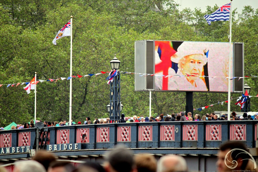 Diamond-Jubilee_Queen-Screen
