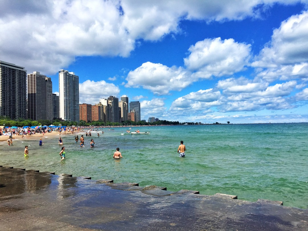 Chicago beach skyline