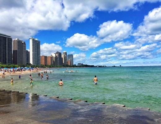 Chicago beach skyline