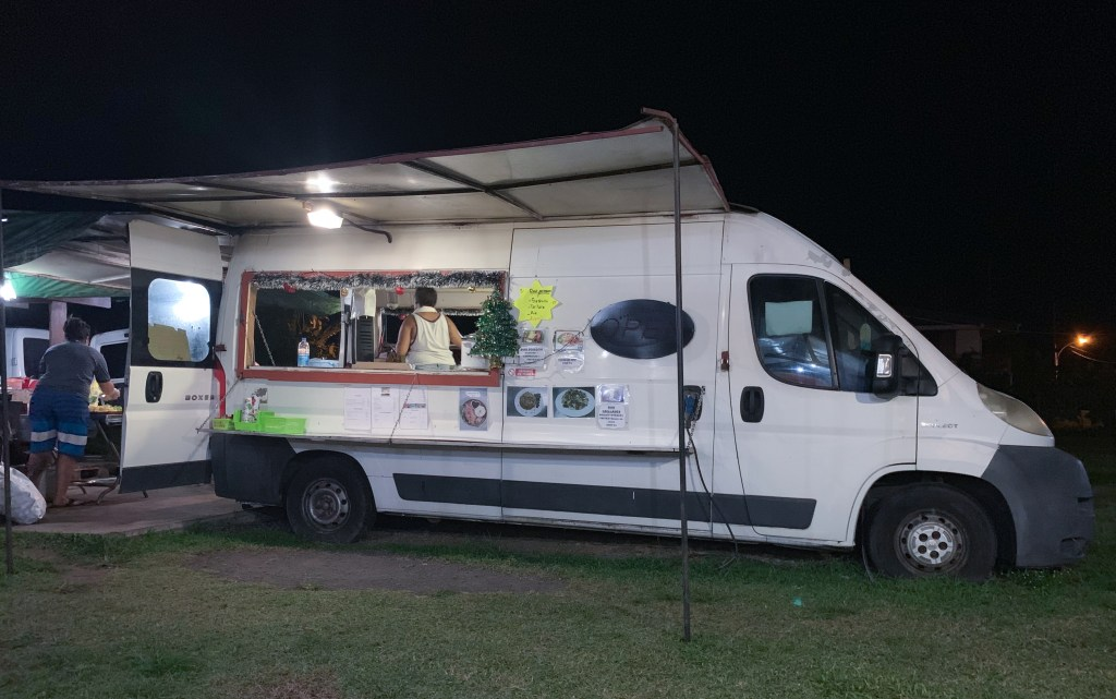 roulotte food truck in Tahiti