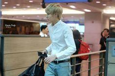 Kris @ airport