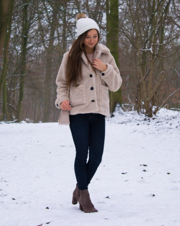 teddy coat outfit in the snow
