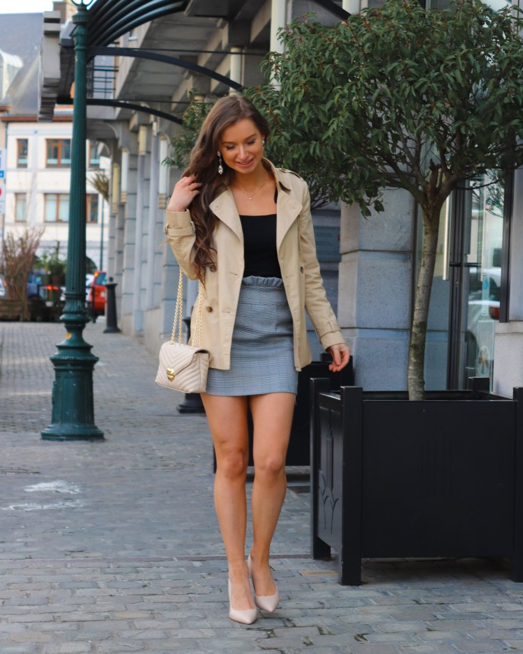 trench coat spring outfit