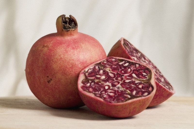 pomegranate before bed