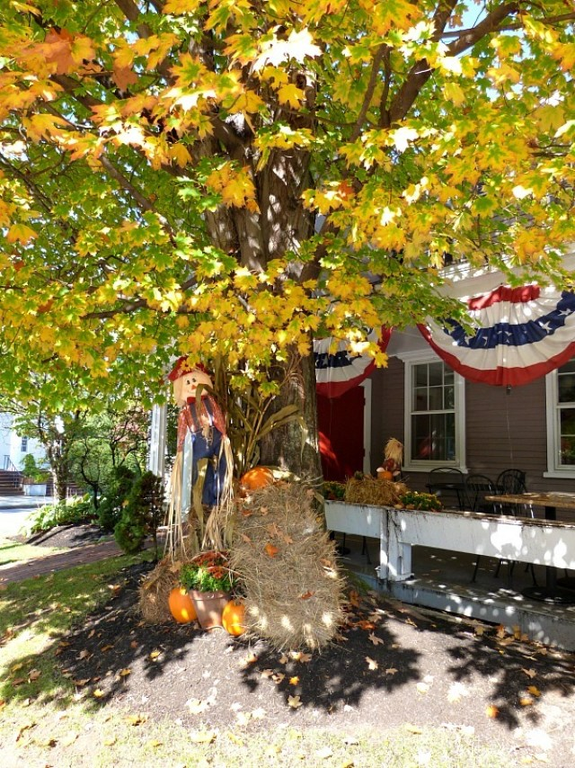 Concord Massachusetts in fall - one of the reasons to experience fall in north america