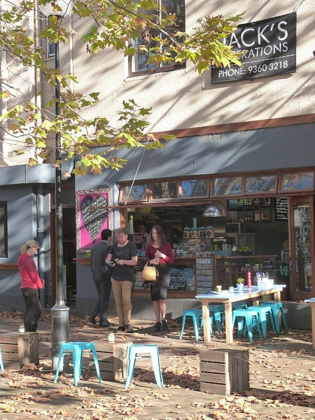 Cafe Culture - One of the 30 reasons why I love Sydney
