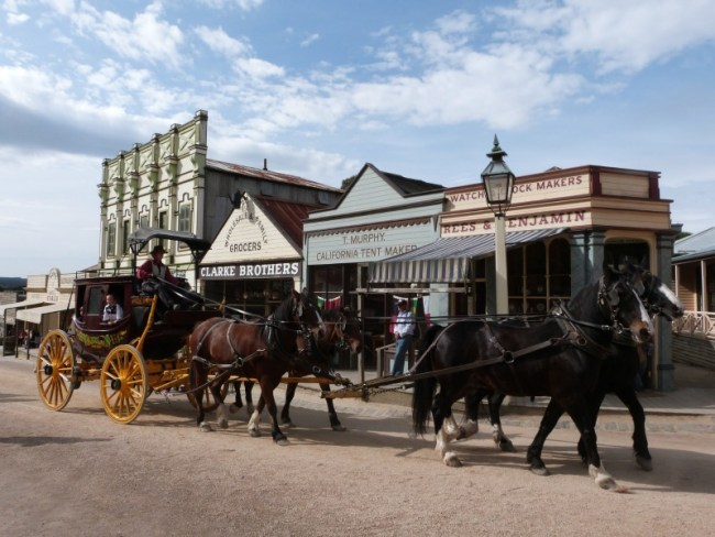 Horse and carriage on the Main Street in Sovereign Hill