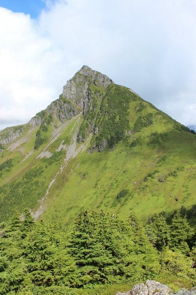 Mount Arrowhead from Mount Verstovia