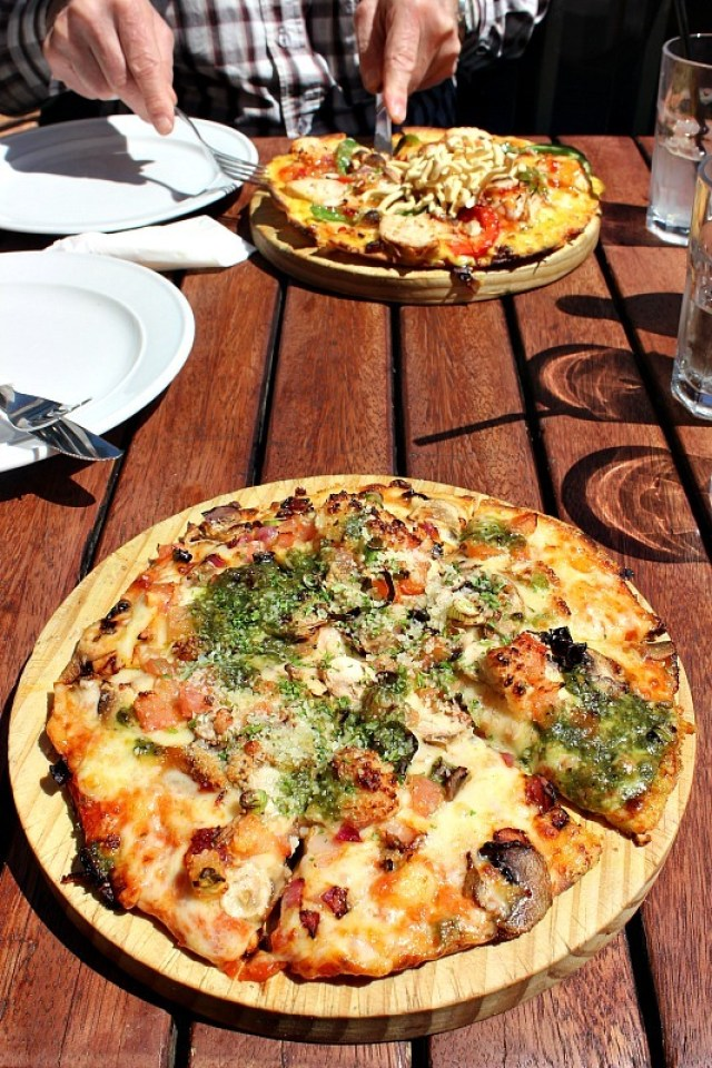 Amazing pizza at Winnie's in Queenstown, Otago