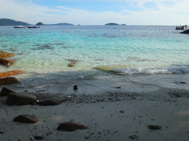 Ko Yang beach, one of our stops on our Koh Lipe snorkeling trip
