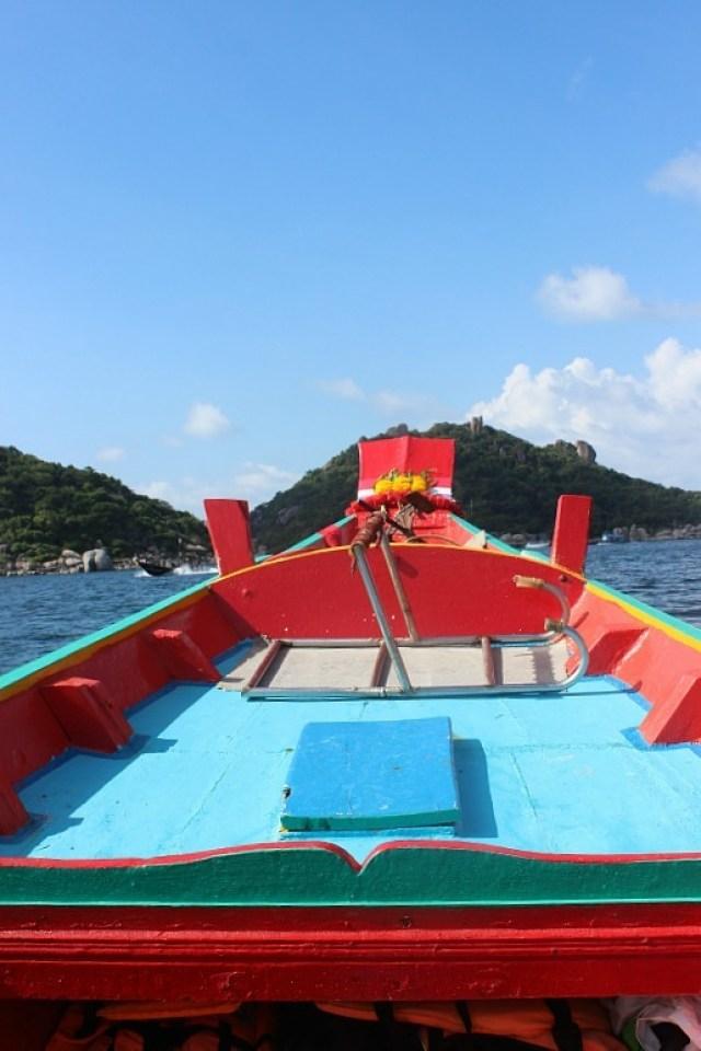 Boat to Ko Nang Yuan from Koh Tao
