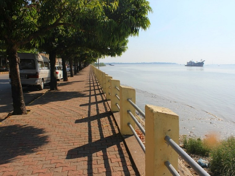 Riverside in Mawlamyine