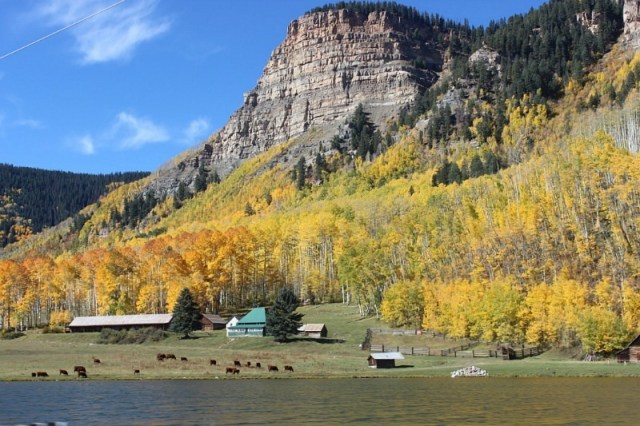 Travel more in Colorado - one of my travel goals for 2017
