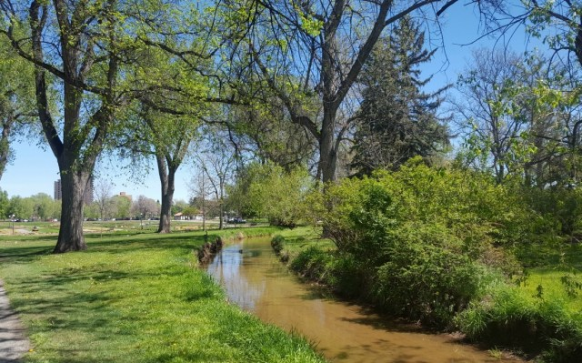 Walking around Wash Park in Denver should be added to your Denver 3 day itinerary