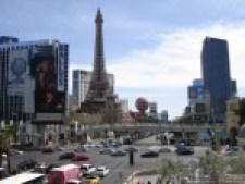 Strip Day Eiffel