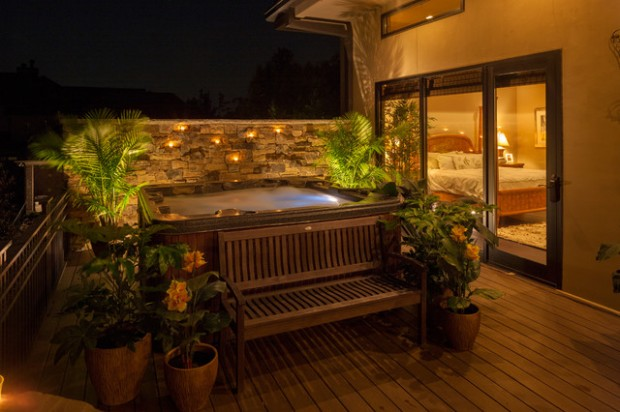 35 Outdoor Living Spaces with Hot Bathing Experience - The ... on Outdoor Living Spa id=55342