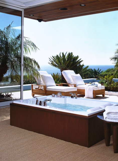35 Outdoor Living Spaces with Hot Bathing Experience - The ... on Outdoor Living Spa id=23434