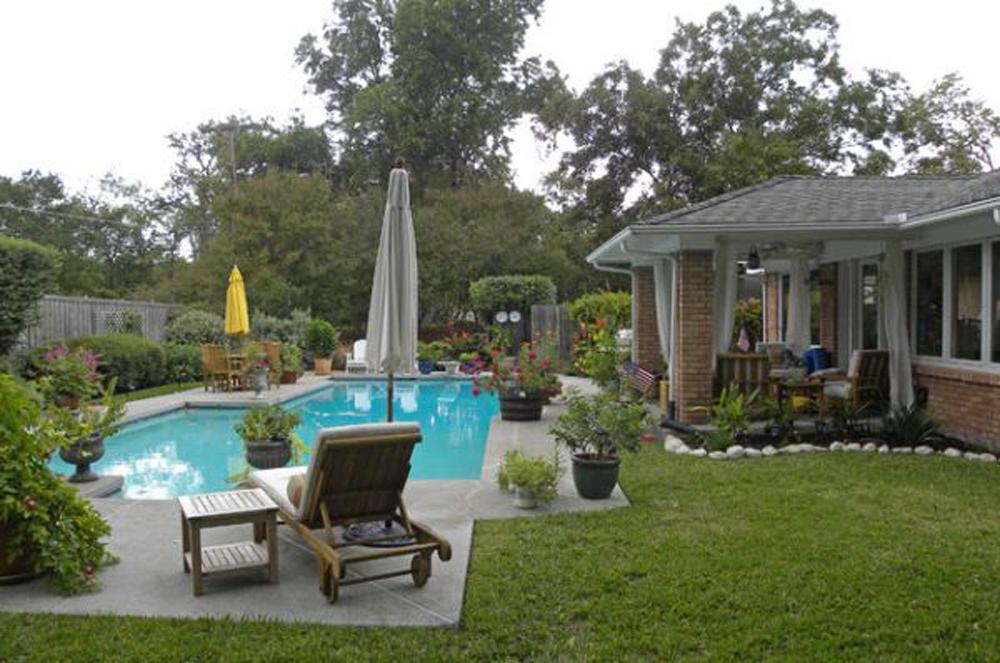 35 Best Backyard Pool Ideas - The WoW Style on Backyard Pool Decor Ideas id=52609