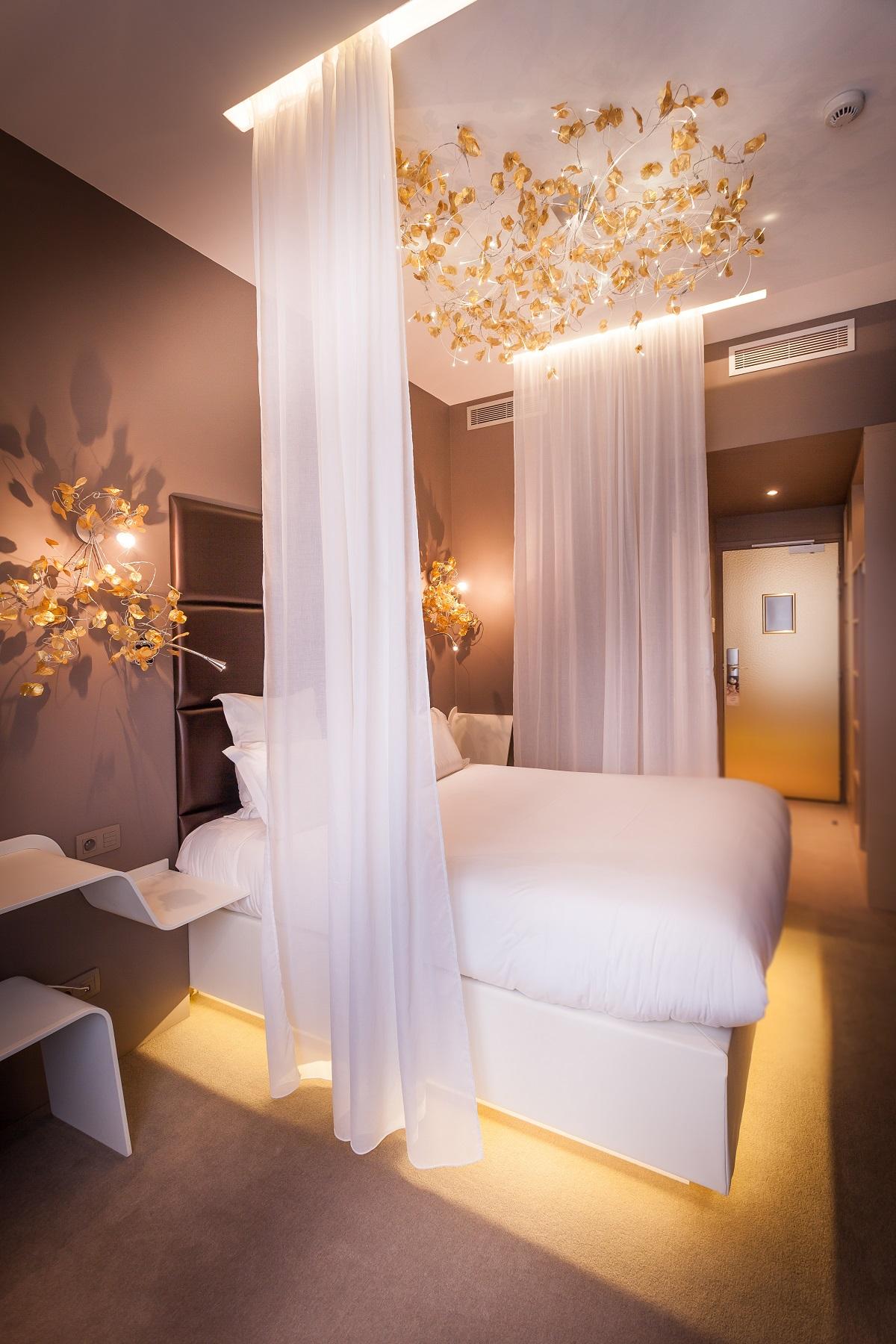 Legend Hotel - Paris, France