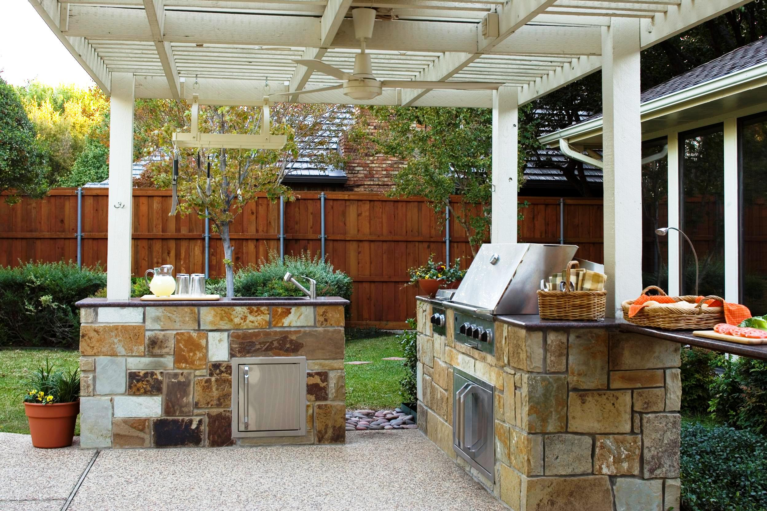 30 Rustic Outdoor Design For Your Home - The WoW Style on Rustic Backyard Ideas id=38605