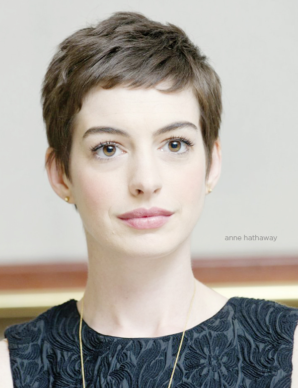https://i1.wp.com/thewowstyle.com/wp-content/uploads/2015/04/anne-hathaway-pixie-haircut-brunch-at-saks.jpg