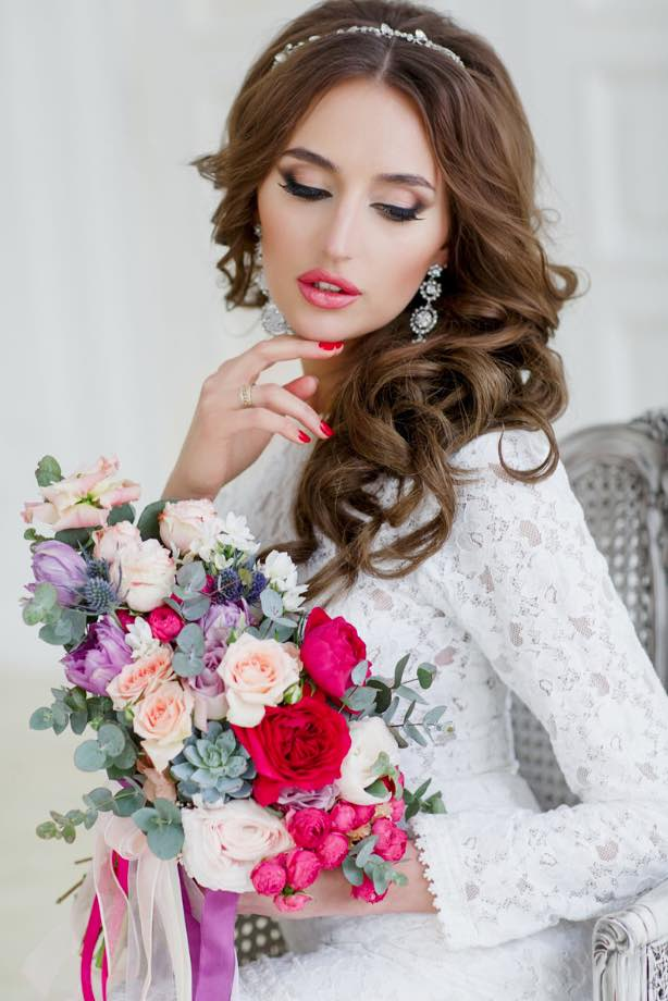 Look Most Gorgeous With Stunning Bridal Makeup The Wow Style