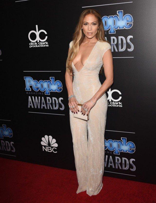 Classic And Elegant Celebrity Evening Dresses