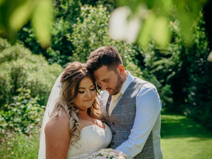 Modern Country Wedding in the United Kingdom