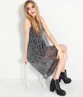Cara Delevingne Style, thextyle.com 11