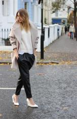TREND_INSPIRATION_LEATHER_BAGGY_SWEATPANTS_THEXTYLE_ SS-2014_STREETSTYLE_CAMEL_COAT