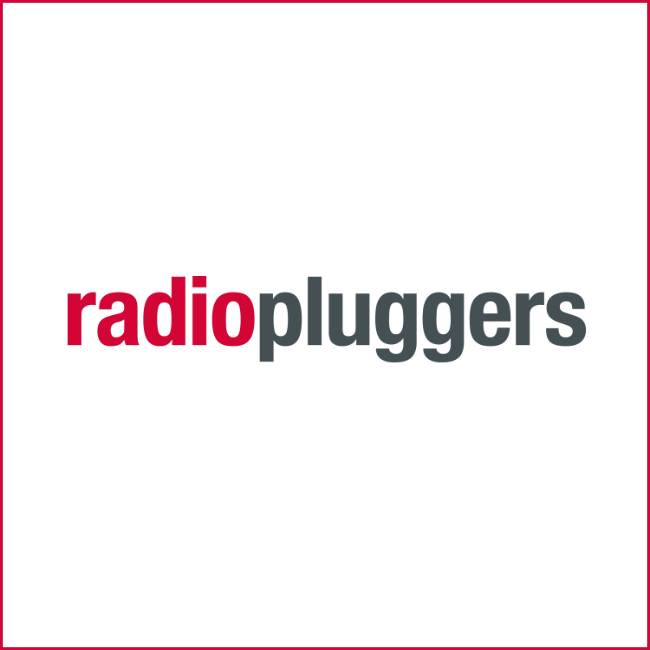 Review Radio Pluggers