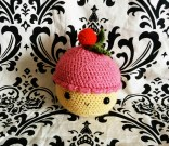 Crocheted cupcake toy
