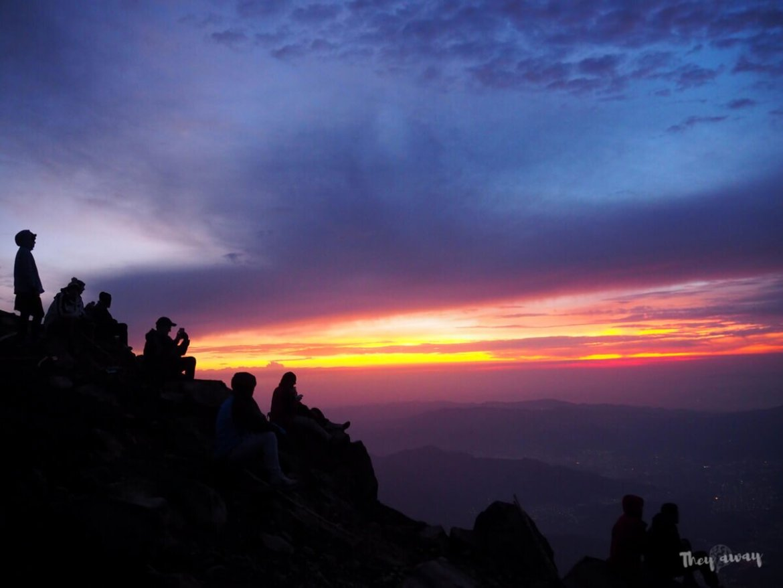 wulkan Acatenango szczyt