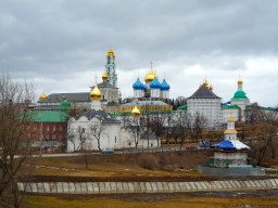 Sergiev Posad showing off some more of Russia's finest onion domes.