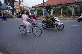blog-vietnam-streets-9-of-28