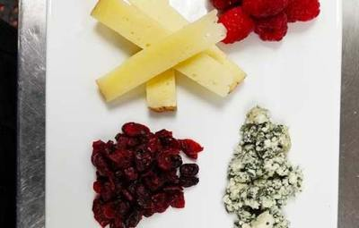 Catering-Tray Cheeses