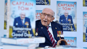 Screenshot_2021-02-06 Captain Sir Tom Moore, 100-year-old WWII veteran who raised millions for NHS, hospitalised after test[...].png