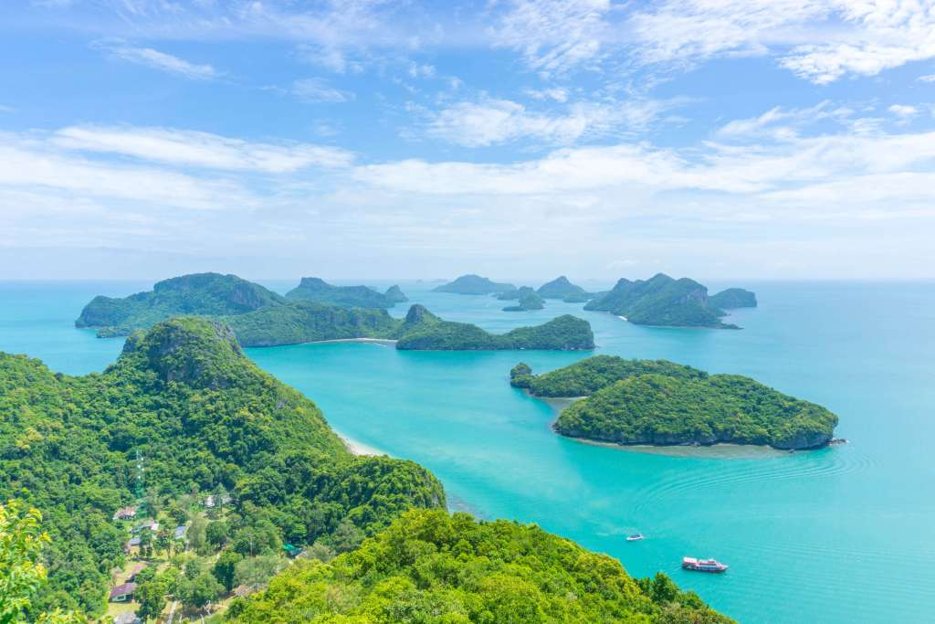 view from Koh Wua Talap - angthong national park tour