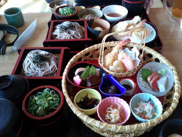 Spending Money Per Day in Japan - Lunch in Kyoto