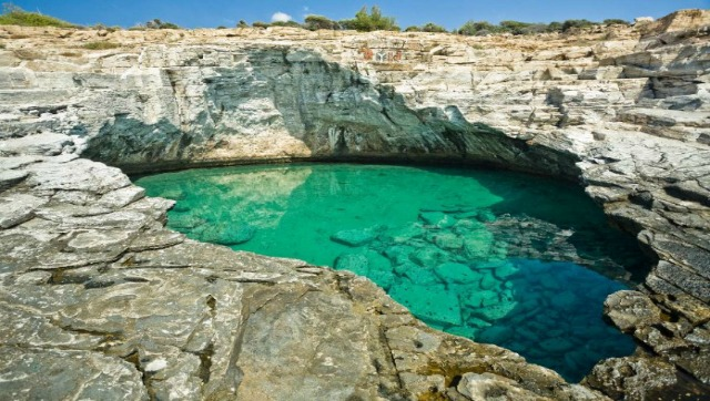 Natural Pool in Thassos, Greece - Photos by TheTravelMagazine