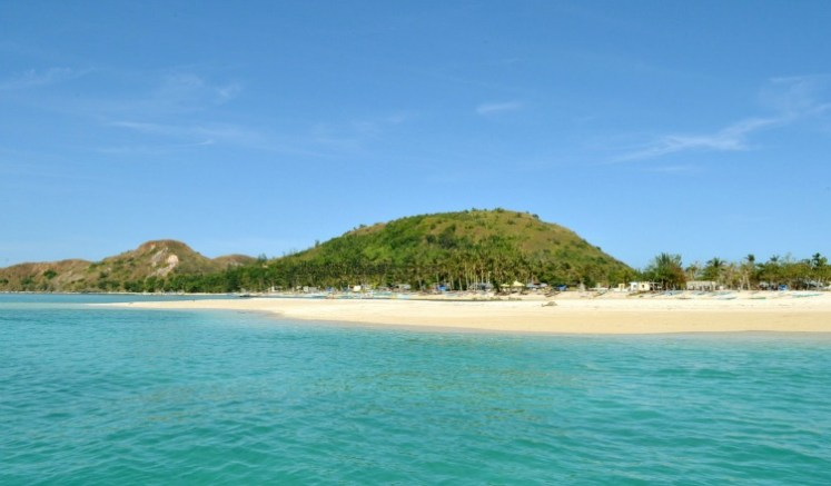 2017 Must Visit Less Crowded Beaches and Islands in Visayas - Malalison Island, Antique