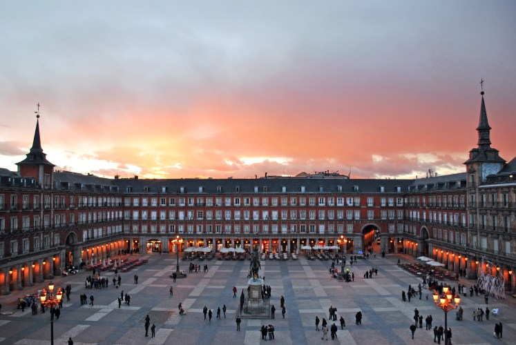 Madrid Spain Travel Photos That Will Make You Want To Visit The City Right Now | Plaza Mayor Madrid