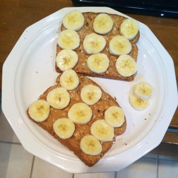 pb&banana toast
