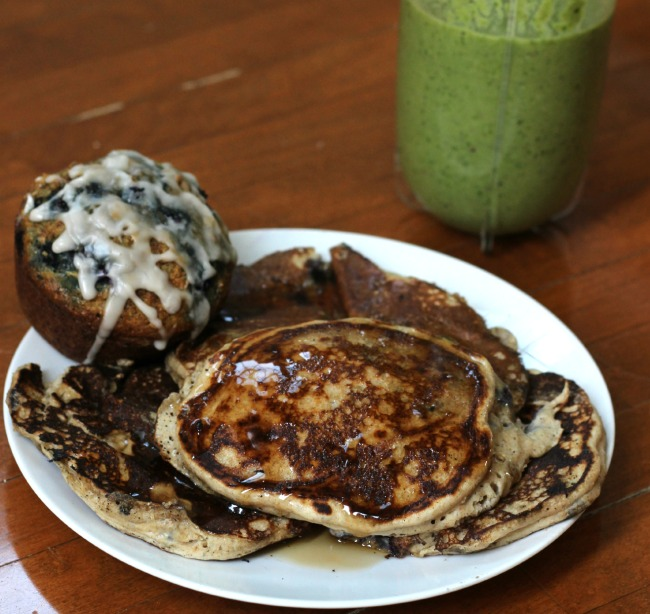 blueberry kodiak cakes and a green smoothie