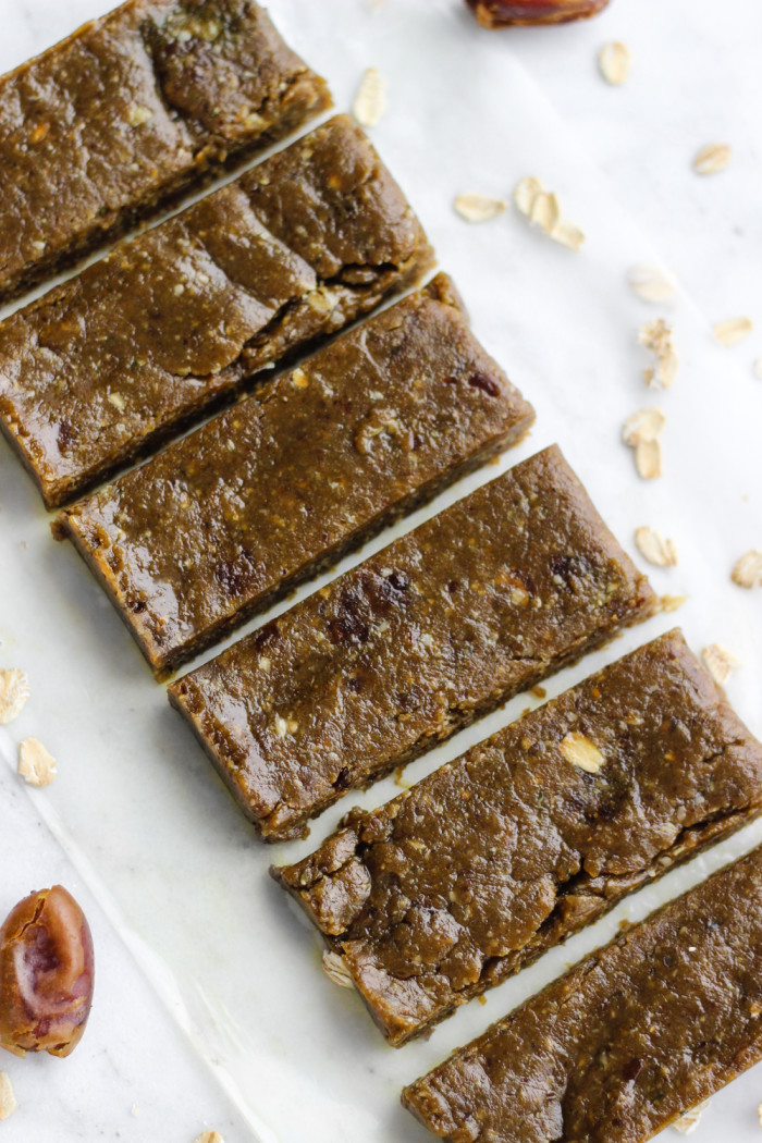 Simple Peanut Butter Matcha Energy Bars | The Yooper Girl-2