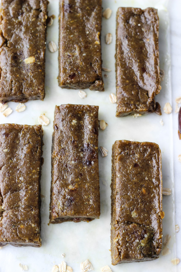 Simple Peanut Butter Matcha Energy Bars | The Yooper Girl-7