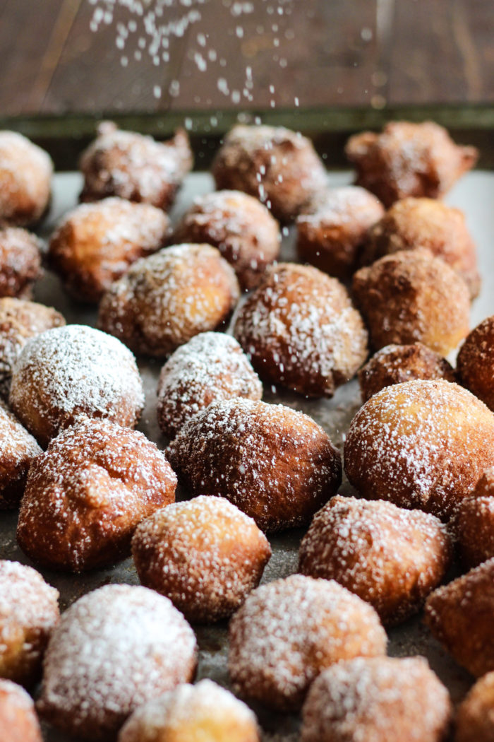 doughnut holes powdered sugar