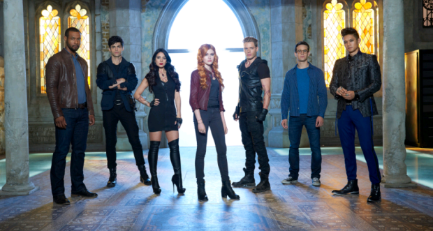 Shadowhunters cast group shot