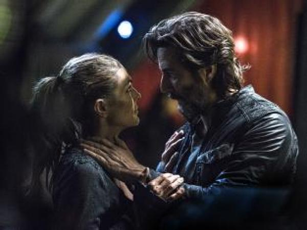 a-kabby-moment-the-100-season-3-episode-9