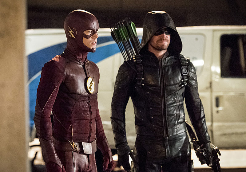 "TV Review: The Flash 3x08 ""Invasion"""